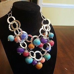 Jewelry - Fun statement necklace!!